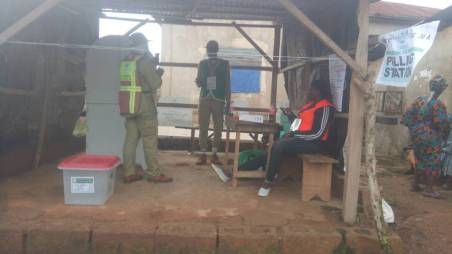 At 7:56am. At Ward 8, pu 3, Moro, Ife North L.GA. Corp members were seen setting up election materials as security agents are on ground.