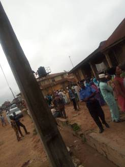 As at 8:44 ward 9, PU 11, Irepodun LG, voting has started. The atmosphere is orderly.