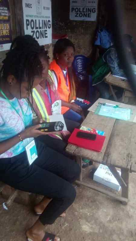 Ilesha West pu; 009 ward: 09 ereja .. Voting yet to commence as card for readers are inactive as at 9;00am. EC8A form reported not available in this center as voters are left stranded