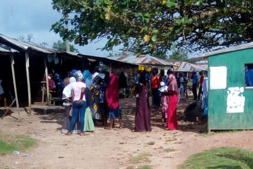 53 Voters has voted and has been accredited in Ifon Orolu Local Government, Olufon Orolu D (Ward 4), Youth Centre (Polling Unit 6) as at 9:21AM . Observers have been warned not to take pictures or video by police.