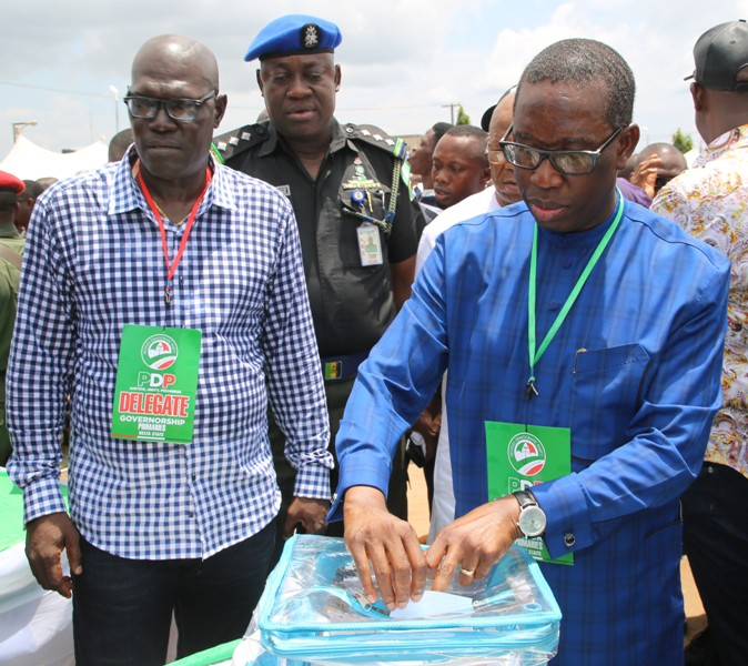 Gov. Okowa casting his vote