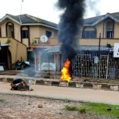 LAUTECH students burn tires to protest hike in fees