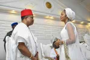GOVERNOR OBIANO OF ANAMBRA VISITS OONI OF IFE AND WIFE, WISHES THEM A SUCCESSFUL MARRIAGE