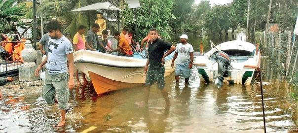 Aftermath of Sri Lanka flood disaster {photo: Sunday Observer}