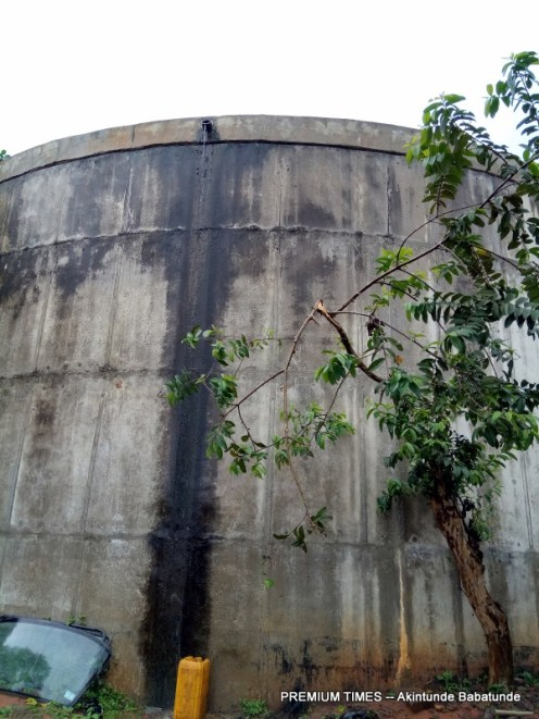 Abandoned reservoir in Aye Oba