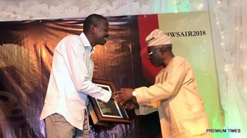 Premium Times journalist wins Nigeria's top investigative journalism award