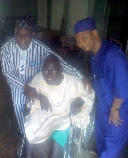 Olusegun Obasanjo, on Christmas Day visited his former class teacher and mentor, James Popoola