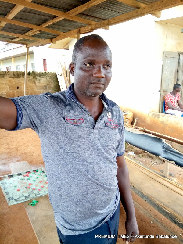 Ifewara resident, Oluwole Komolafe