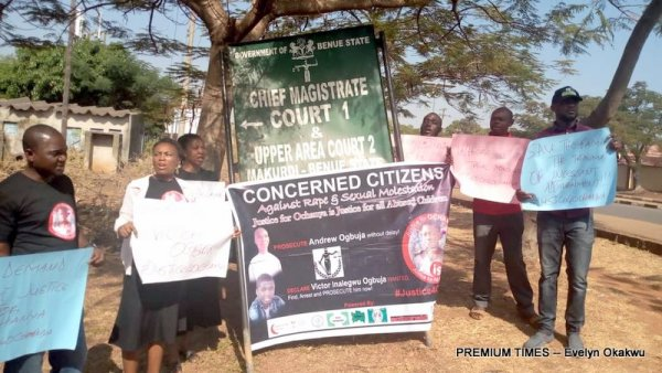 Group protesting the repeated adjournments of Ochanya's case