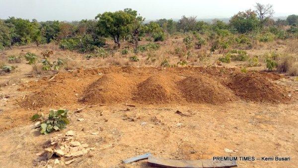 11 Adara people were buried here
