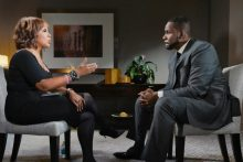 Gayle King and R. Kelly during his first interview after arrest last month. [Photo credit: NY Times]