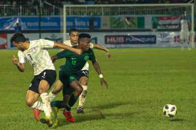 Shehu Abdulahi in action for the Super Eagles against Egypt PHOTO CREDIT PREMIUM TIMES (2)