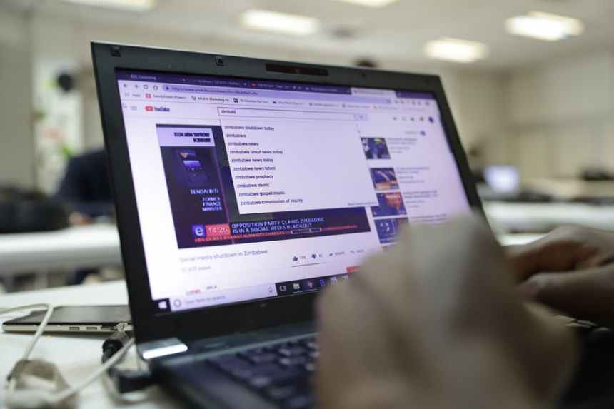 The Zimbabwean government recently shutdown the internet by ordering mobile companies to withhold mobile data. [EPA-EFE/STF]