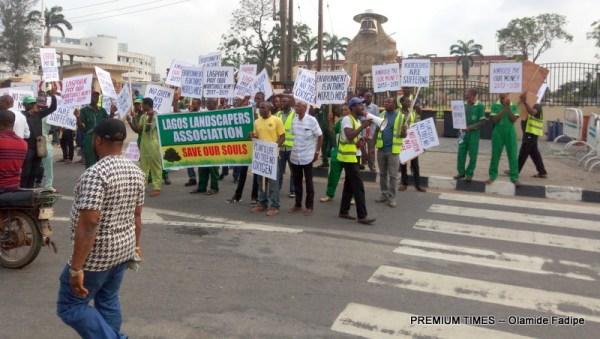 protesting gardeners