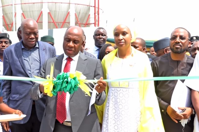 Minister of Transportation, Rotimi Amaechi commissions Amaechi commends NPAs marine simulation centre.