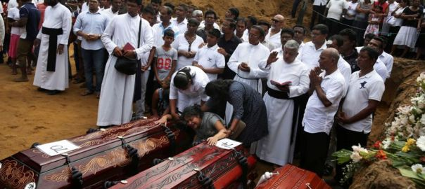 A mass burial of victims, two days after a string of suicide bomb attacks in Sri Lanka (Photo Credit: Sky News)