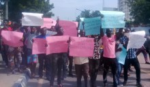Agidingbi residents protesting in Lagos on Thursday. (Photo Credit: Ibraheem Alawode)