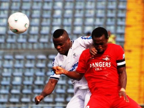 Konan Ruffin of Rivers United inaerial challenge with Godwin Aguda of Rangers [PHOTO CREDIT: Enugu Rangers media]