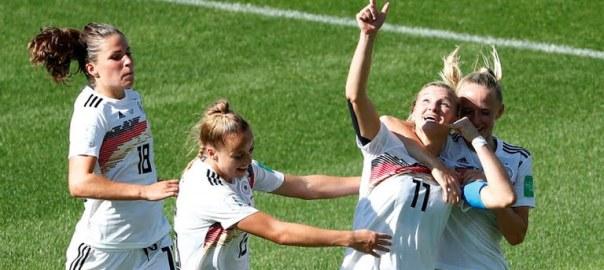 Germany's Alexandra Popp scores against Nigeria 2