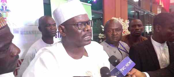 Senator Ali Ndume addressing journalists after his loss to Ahmed Lawan for the seat of the Senate President