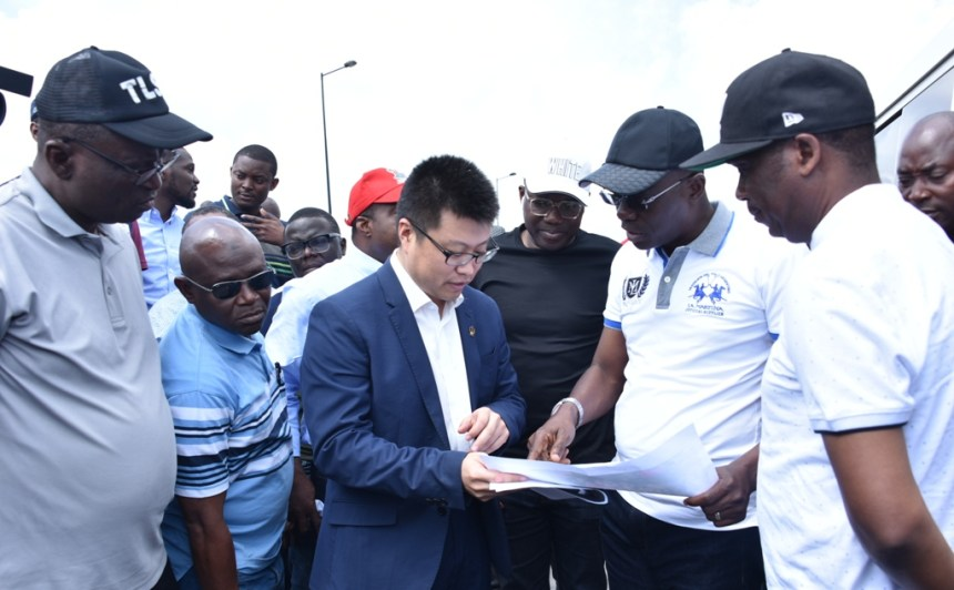 R-L: Lagos State Deputy Governor, Dr. Obafemi Hamzat; Governor Babajide Sanwo-Olu; Executive Director, China Civil Engineering Construction Company Nigeria Ltd. (CCECC), Mr. Bill Bian; Permanent Secretary, Ministry of Transportation, Dr. Taiwo Salaam; his counterpart in Ministry of Works and Infrastructure, Engr. Olujimi Hotonu during the Governor's inspection of the Lagos-Badagry Expressway on Sunday, June 2, 2019.