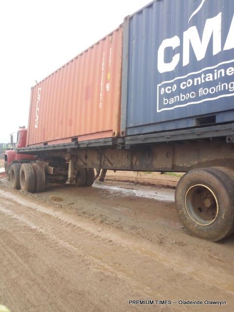 Abandoned truck at Ago-Oloye