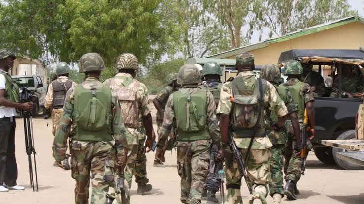 ARMY: Nigerian Soldiers (Army) on duty. [PHOTO CREDIT: The Guardian]