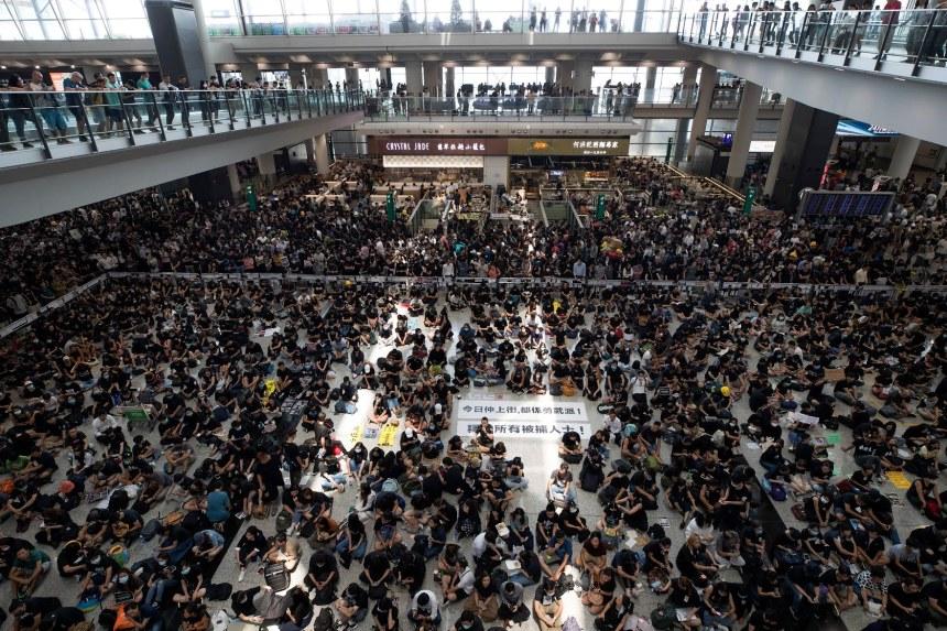 Hong-Kong protesters (Photo Credit: beta.washingtonpost.com)
