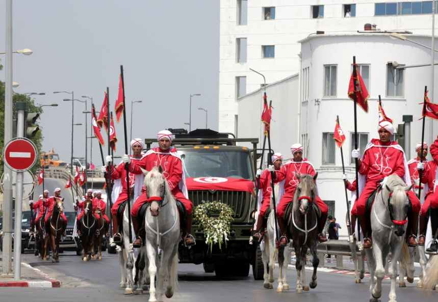 A military procession accompanies the coffin of the lateTunisian President Beji Caid Essebsi during his funeral in Tunis. [Photo: Amel Pain/EPA-EFE]