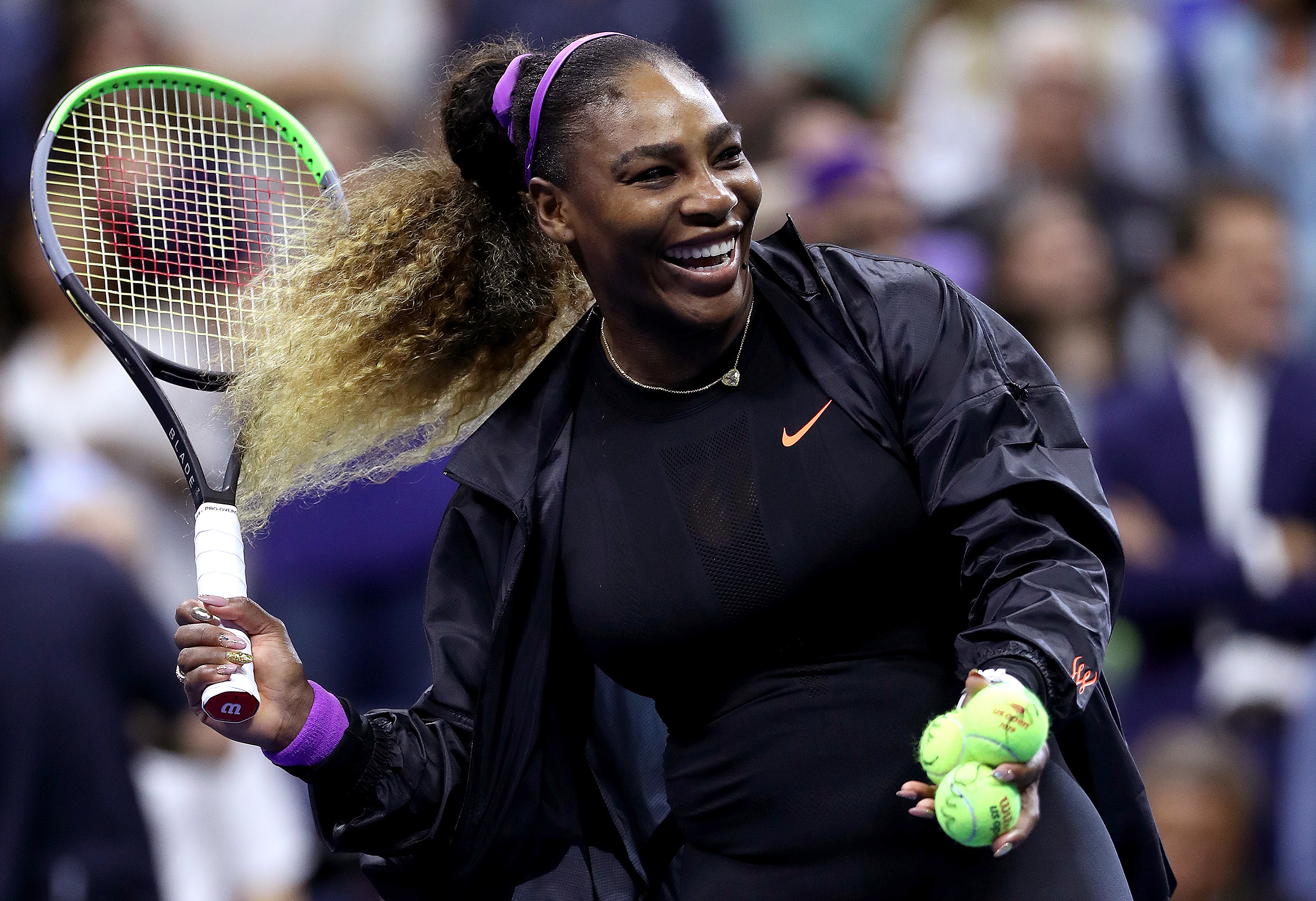 Serena puts US Open rivals on notice with Sharapova stroll