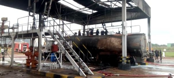 Many injured as fire guts NNPC Ibadan depot