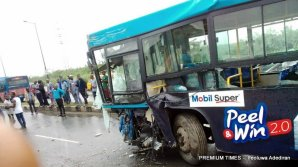 Many injured, commuters stranded in Lagos accident