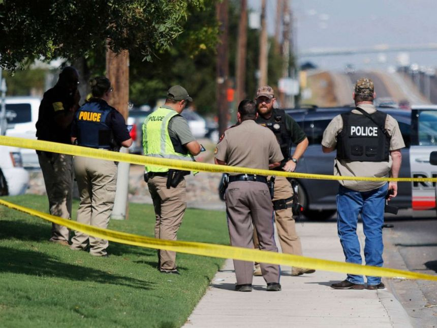 Police at the scene of Texas shooting [Photo: ABC News]