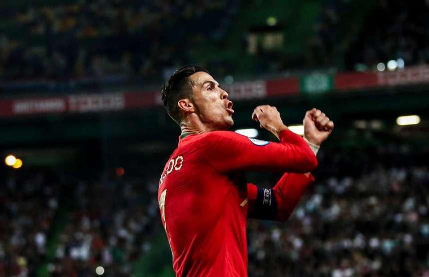 Cristiano Ronaldo [PHOTO CREDIT: Givemesports]