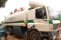 Customs intercept bags of foreign rice