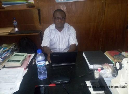 Dr. Niyi Adebambo @ Geology, OAU