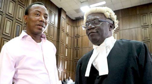 Femi Falana SAN. and Omoyele Sowore in court [Photo: Thenigerianlawyer.com]