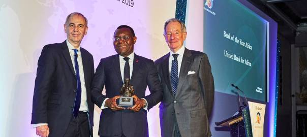 "CEO, UBA Africa, Mr Victor Osadolor(middle) with the ""African Bank of the Year 2019"" won by United Bank for Africa (UBA) Group at The Bankers Awards held in London"