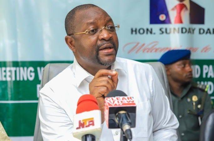 Sunday Dare, Minister of Youth and Sports Development [PHOTO CREDIT: @SundayDareSD]