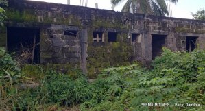 Abandoned administrative building at Mmahu Secondary School 4