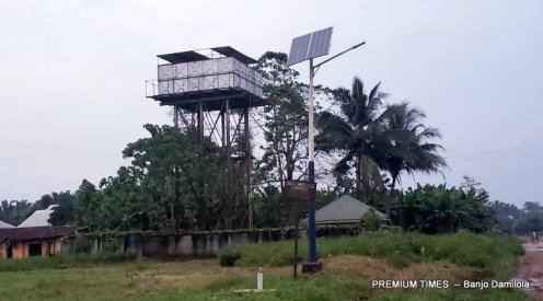 Nonfunctional Solar-powered Water in Mmahu