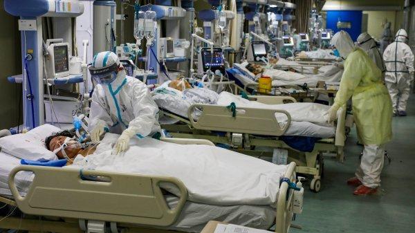 China's Doctors, Fighting the Coronavirus [PHOTO CREDIT: The New York Times]