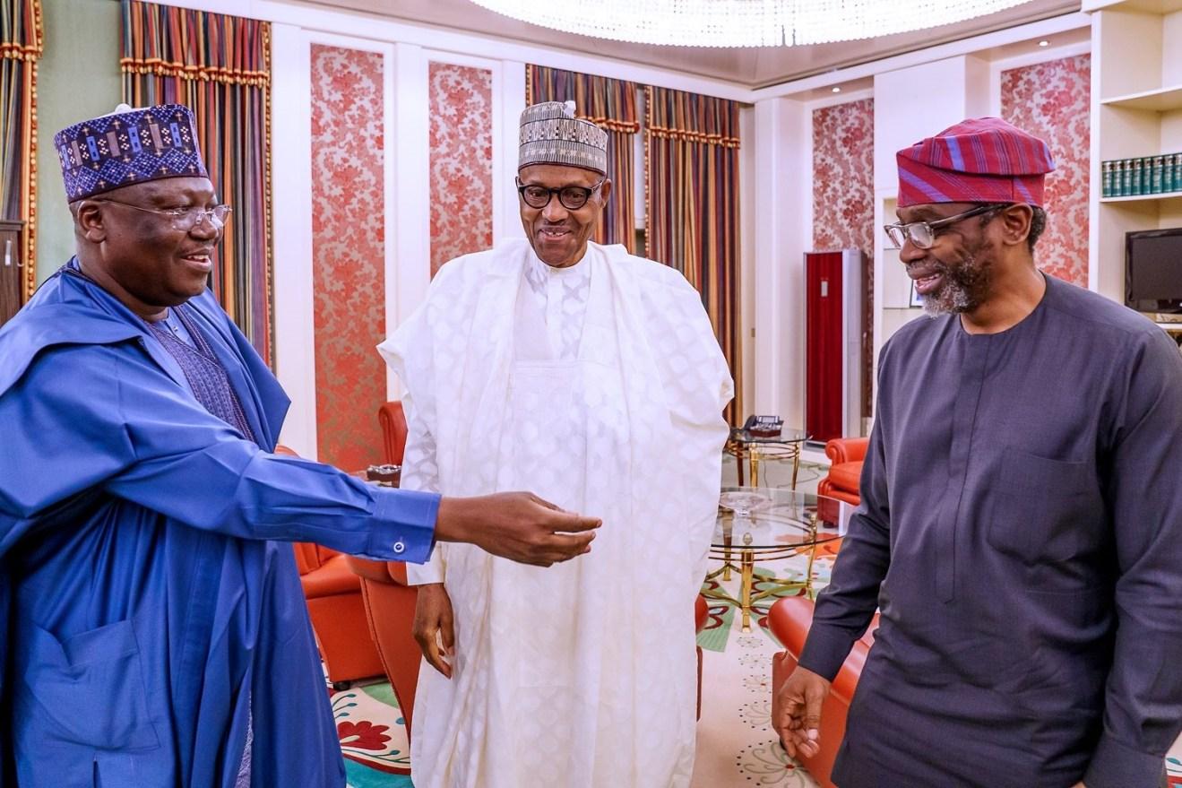 L-R Sen. Presidebt Ahmed Lawan, President Muhammadu Buhari, Speaker Femi Gbajabiamila in Aso Rock [Photo: Presidency