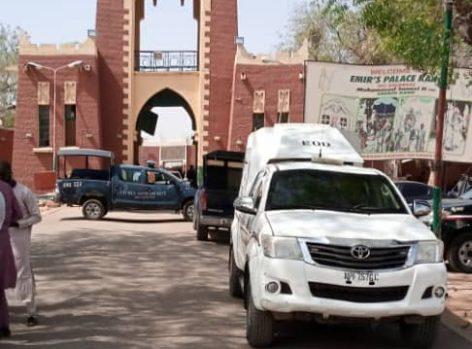 Kano Commissioner of Police arrives emir's palace