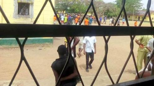Scene the riot at the Kaduna Correctional Centre on Tuesday.