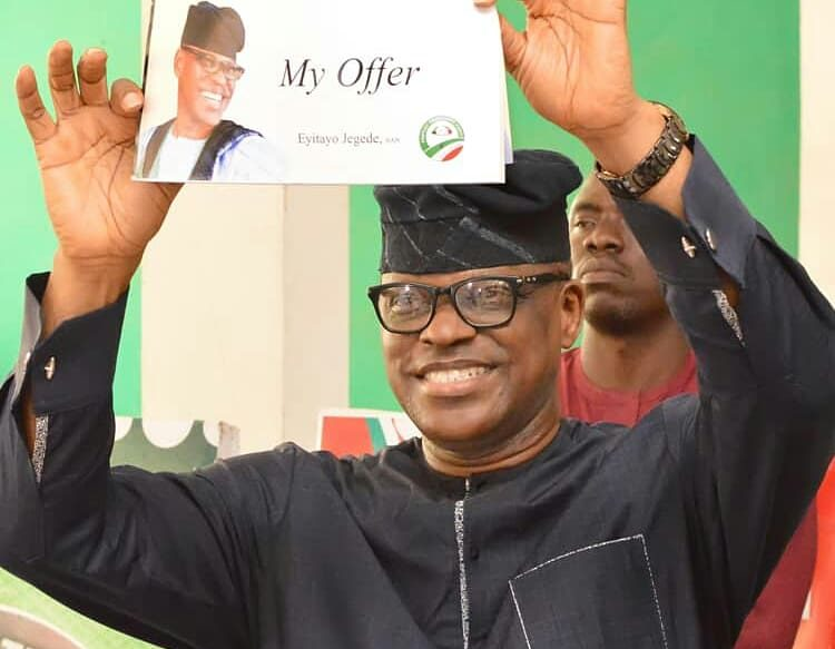 Mr Eyitayo Jegede, the Ondo State Peoples Democratic Party (PDP), governorship candidate, on Thursday unfolded his agenda with a promise to partner investors on compulsory mass employment for residents in the state if elected. Jegede, who is also a Senior Advocate of Nigeria (SAN), made this known on Thursday during a visit to the Olukare, […]