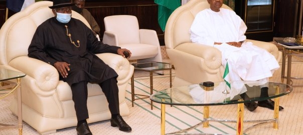 Former Nigerian President, Goodluck Ebele Jonathan, visits president Muhammadu Buhari at the state house. [PHOTO CREDIT: Official Twitter handle of Buhari || @MBuhari]