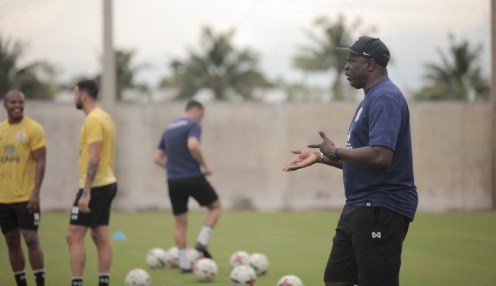 Nigerian coach, Adebayo Gbadebo supervising his Thai club Suphanburi FC [Photo credit: Suphanburi FC]
