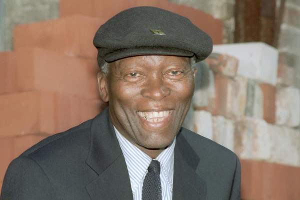 Drum journalist and novelist Lewis Nkosi. Poklekowski/ullstein bild via Getty Imag
