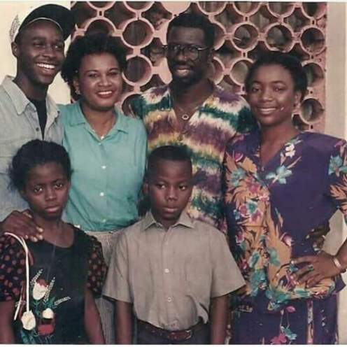 Femi Adebayo, Racheal Oniga, late Pa Kasumu and Bimbo Akintola in set photos from 1995 Nollywood classic Owo Blow